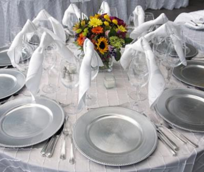 fancy wedding table with flowers